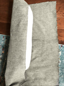 No-sew-bolster-pillow_1